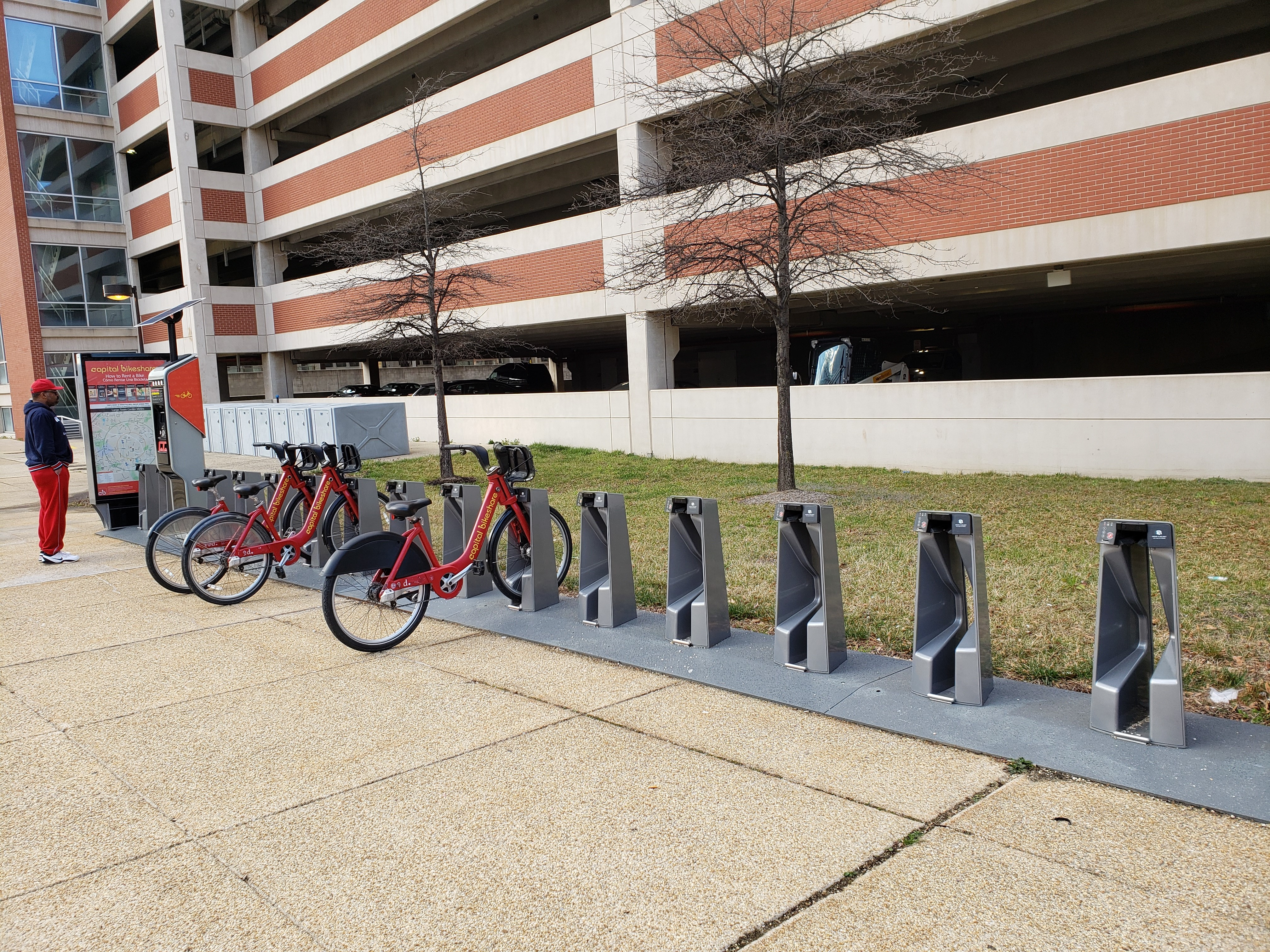 Bikeshare at Largo Metro